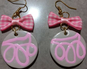 Pink and gray Medallion earrings