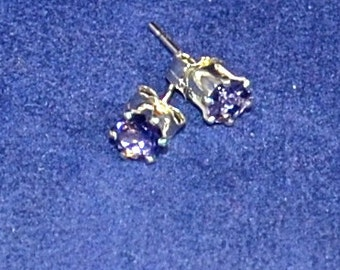 Iolite Stud Earrings,Small 4mm Round, natural, Natural, Set in Sterling Silver E938