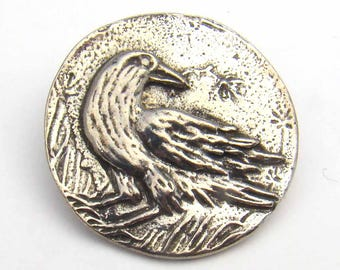Crow button, raven with flower, round leadfree pewter button, Green Girl Studios, 24 mm