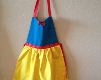 Snow White Inspired Dress-up Aprons