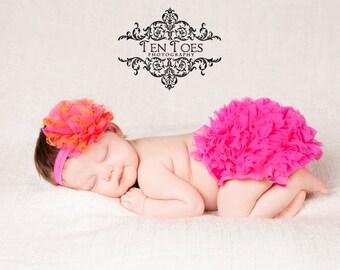 Hot Pink Ruffle Baby BloomersRuffle Diaper Cover, Ruffle Bloomers, Diaper Cover, Baby Ruffle Bloomers, Baby Bloomers, Baby Girl Clothes