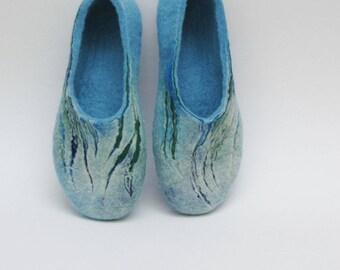 Felted Slippers for women - home shoes - Sky Blue - Handmade slippers - Women winter shoes - Gift for her - Christmas slippers - Valenki