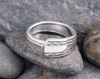 Silverware Handle Ring (Spoon Ring) Size 11 1/2 SR148