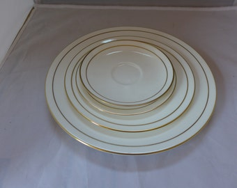 """Elegant 4 Piece , Place Setting  Dinner Plate, Salad, Bread, Saucer Marked """"Royal Worcester  Contessa"""" 1982"""