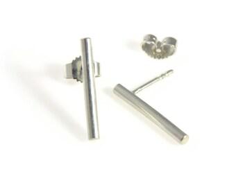Stick Ear - minimalist ear studs made of 925 Sterling Silver