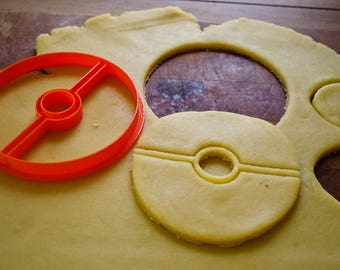 Pokeball Pokemon Cookie Cutter