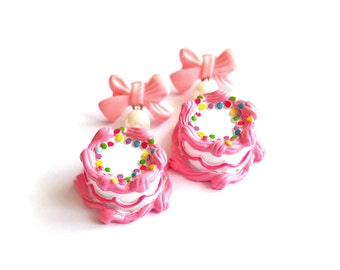Pink Birthday Cake Earrings Cakes and Bows Earrings Pink Kawaii Earrings Kawaii Jewelry Birthday Jewelry Cake Jewelry