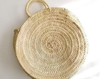 Handmade Round Straw Bag -  Round basket, Summer Tote, Round French Market basket bag, Round beach basket, Straw Beach bag, straw basket