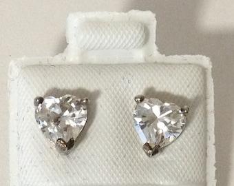 Heart Shape Crystal Pierced Post 925 Sterlling Silver Earrings gw16-053