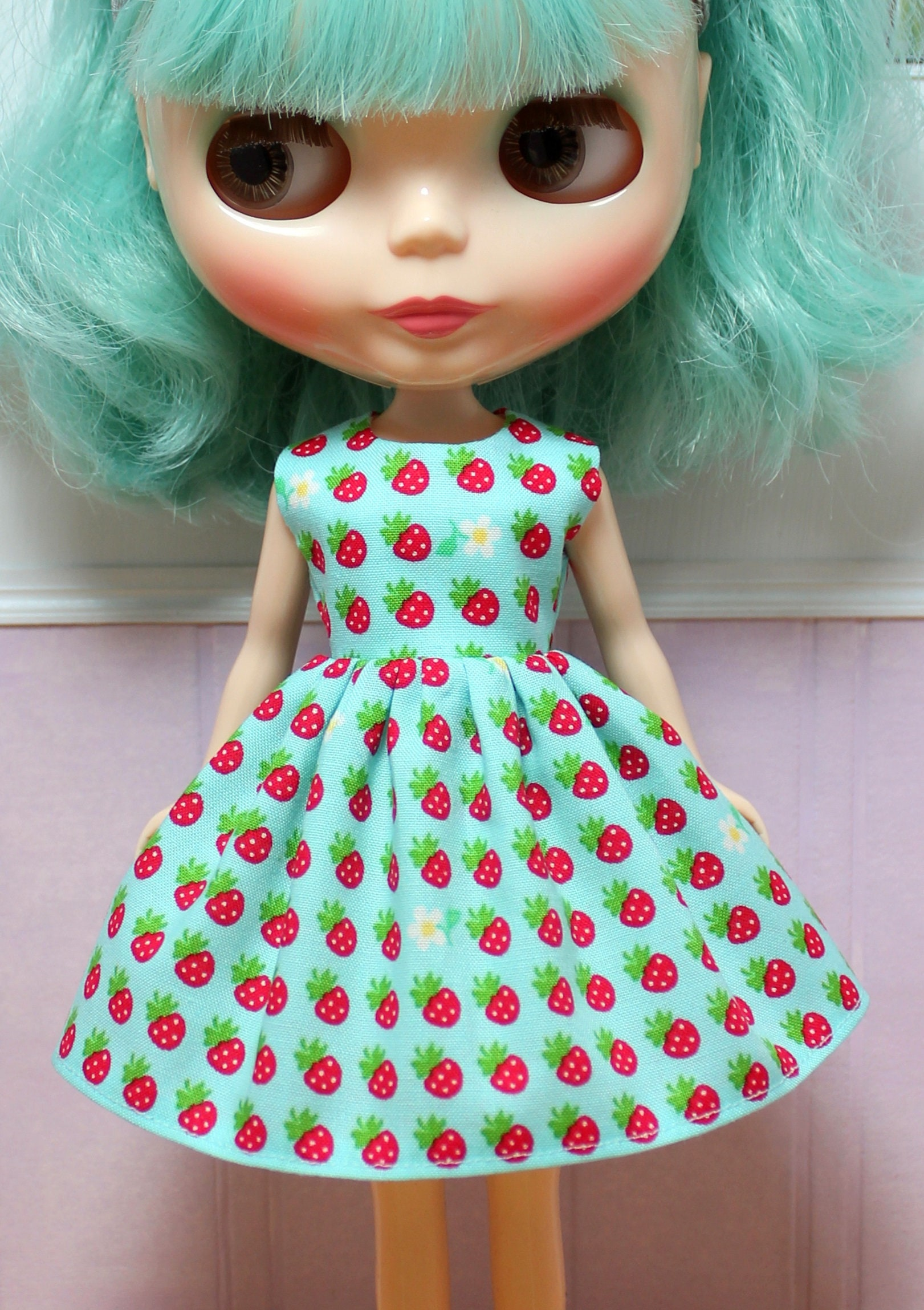 BLYTHE doll Its my party dress little strawberries on aqua