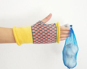 100% merino wool gloves, fingerless gloves, knit fingerless mittens, wool glovelets, wrist warmers, geometric pattern, yellow pink blue