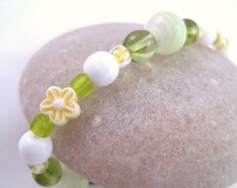 Yellow and Green Girls Bracelet with Flowers, Small Girls Stretch Bracelet, GBS 107