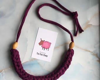 String Necklace with beads
