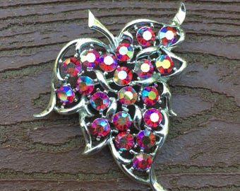 Vintage Signed Jewelry Sarah Coventry Leaf with Rhinestones Pin Brooch