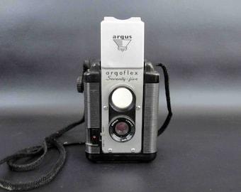 Vintage Argus Argoflex Seventy Five Camera with Original Leather Case. Circa 1940's - 1960's.