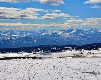 Snowy Peaks-Beartooth Mountain Range