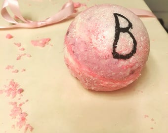 Gossip Girl Inspired Coconut Oil Bath Bomb: The Blair Waldorf Bomb