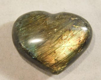 A Bright Blue & Gold FLASH! on this Little Polished Labradorite HEART! 13.7gr