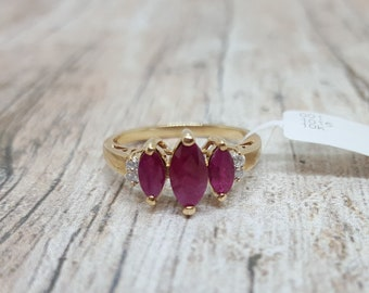 Vintage 10K Yellow Gold 3 Stone Marquise Ruby & Diamond Ring Size 8