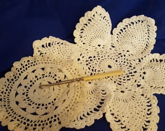 Set of 2 Vintage, Handmade, Crochet, White and Beige BEAUTIFUL Dollies, Free Shipping