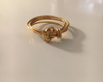 Gold-Colored No-Bead Ring