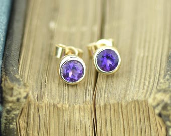 Amethyst Gold Studs | Faceted Amethyst Studs | Gold February Birthstone Studs | Amethyst Birthstone Studs | Gold and Purple Earrings | Bezel