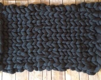 """Super Chunky Knit Newborn Blanket Prop, Bump Blanket, Photo Prop Blanket, Basket Layer, Baby Basket Stuffer, Knitted Blanket, 17""""W x 21""""L"""