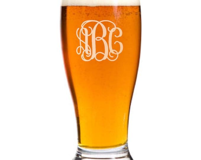 8 Personalized Pilsner Pub Beer Glass Custom Engraved Vine Monogram Wedding Gift.