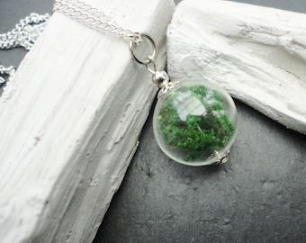Necklace Giassbottle real moss