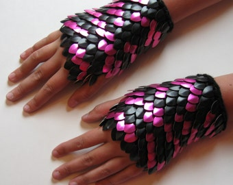 Tiger Scale Maille Dragonhide Gauntlets Knitted Armor in Pink and Black size large