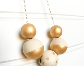 gold bead and chain necklace