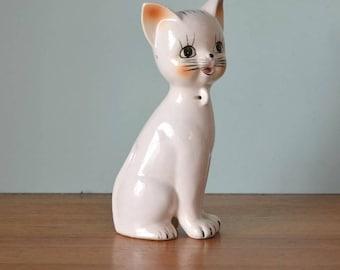 Retro Kitsch Cat figure figurine ceramic white
