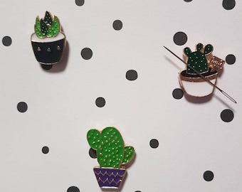 Cactus and succulent needle minder for cross stitch or embroidery