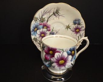 Royal Albert 1940s Flower of The Month Series COSMOS No. 10 October Hand Painted