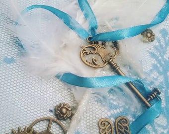 Light blue and white glitter steampunk notebook -MIA :)