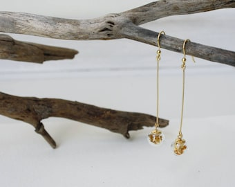 Silver 925 gold plated long earrings with minimal gold leaf