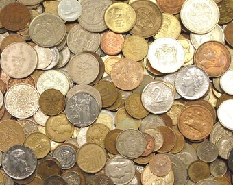 3 Pounds of World Coins, Approximately 300 Coins, Many Different Countries