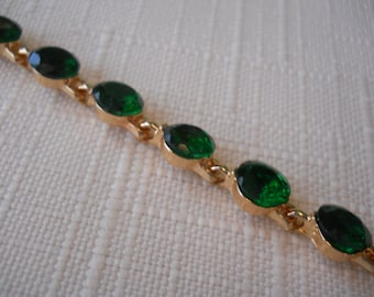 Gold Link Bracelet with Green Crystal Beads