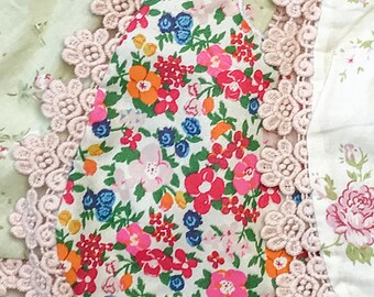 baby bib. vintage floral baby bib. lace and floral baby bibs. vintage floral baby bib.