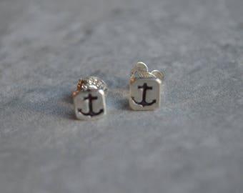 Anchor sterling silver stud earrings