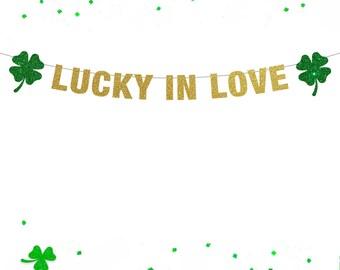 Lucky In Love Banner, St Patrick's Day Banner, St Patrick's Day Decor, Lucky Banner, Shamrock Banner, Shamrock Charm