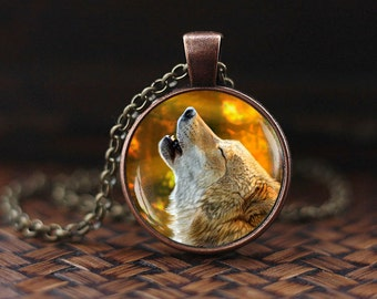 Wolf Necklace, Howling Wolf necklace, wolf pendant, wolf jewelry, autumn necklace, spirit animal, wolf howling, animal jewelry
