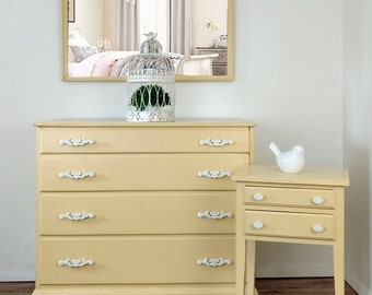 4 pc Shabby Chic bedroom set - Twin bed (headboard & footboard) . dresser . mirror . nightstand