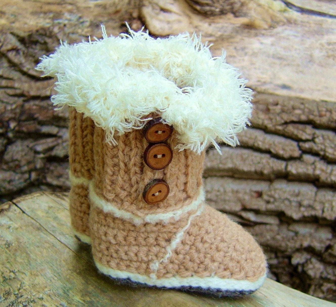 CROCHET PATTERN Baby Boots in 2 sizes Baby Uggs Crochet