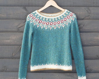 Hand Knitted Sweater Telja.