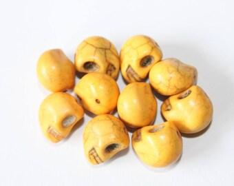 Pearl skull 12 mm, yellow, set of 10