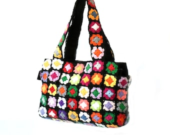 Hippie purse shoulder bag bohemian flowers bag crochet bag black purse floral bag crochet handbag boxy medium crochet purse boho bag granny
