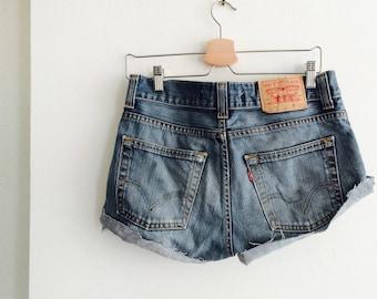 Vintage Levi's cut off   Levi's jeans   Levi's shorts   vintage Levi's   levi's 512   levi's W31   levi's M