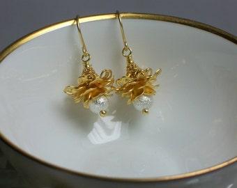 Floral Earrings, Drop Earrings, Dangle Earrings, Matte Gold, Silver, Fashion Jewelry, Pierced, Petite
