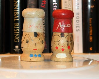 Vintage Miniature Wood Salt and Pepper Shakers - Chefs - Japan (FREE S&H)